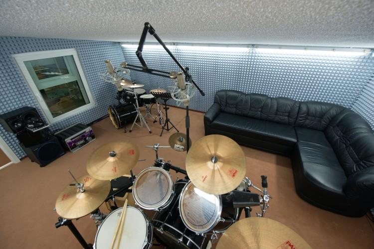Vogelperspektive über den Aufnahmeraum im Studio 2, inkl. Chill-Out Area